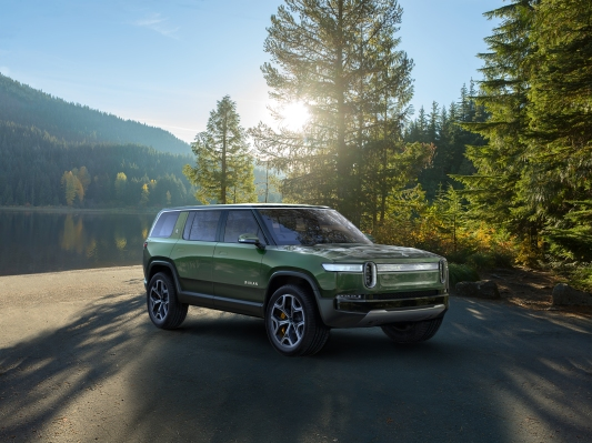 Amazon leads $700M spherical in electric automaker Rivian