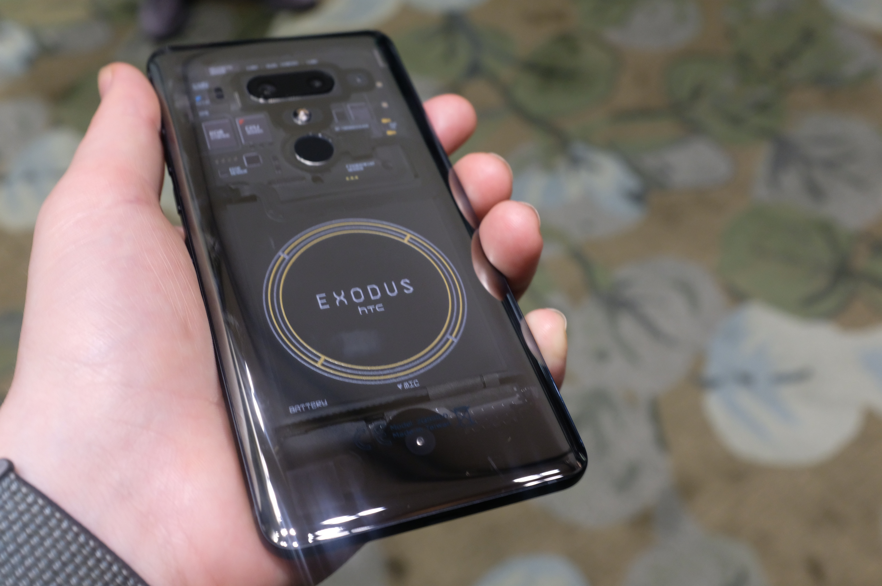 techcrunch.com - Brian Heater - A closer look at HTC's blockchain phone, the Exodus 1