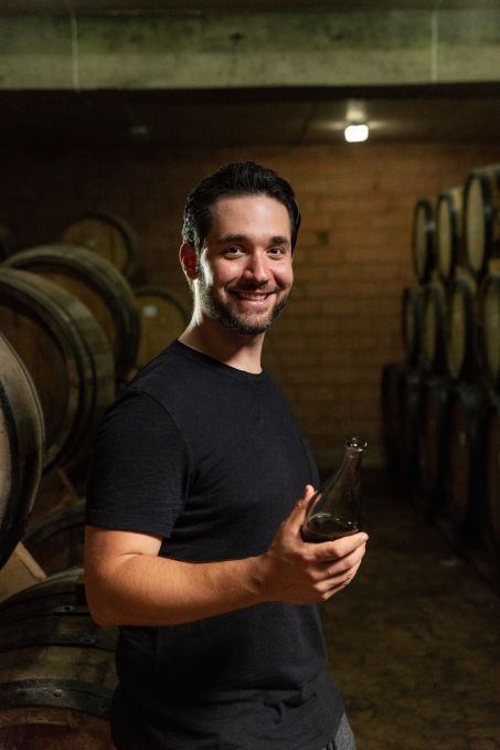 Reddit co-founder Alexis Ohanian brings Armenian brandy to the US MAT3271