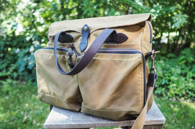 Gift Guide: 16 fantastic computer bags bagweek filson 1010042 1