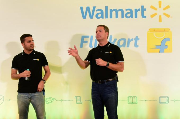 New e-commerce restrictions in India just ruined Christmas for Amazon and Walmart flipkart