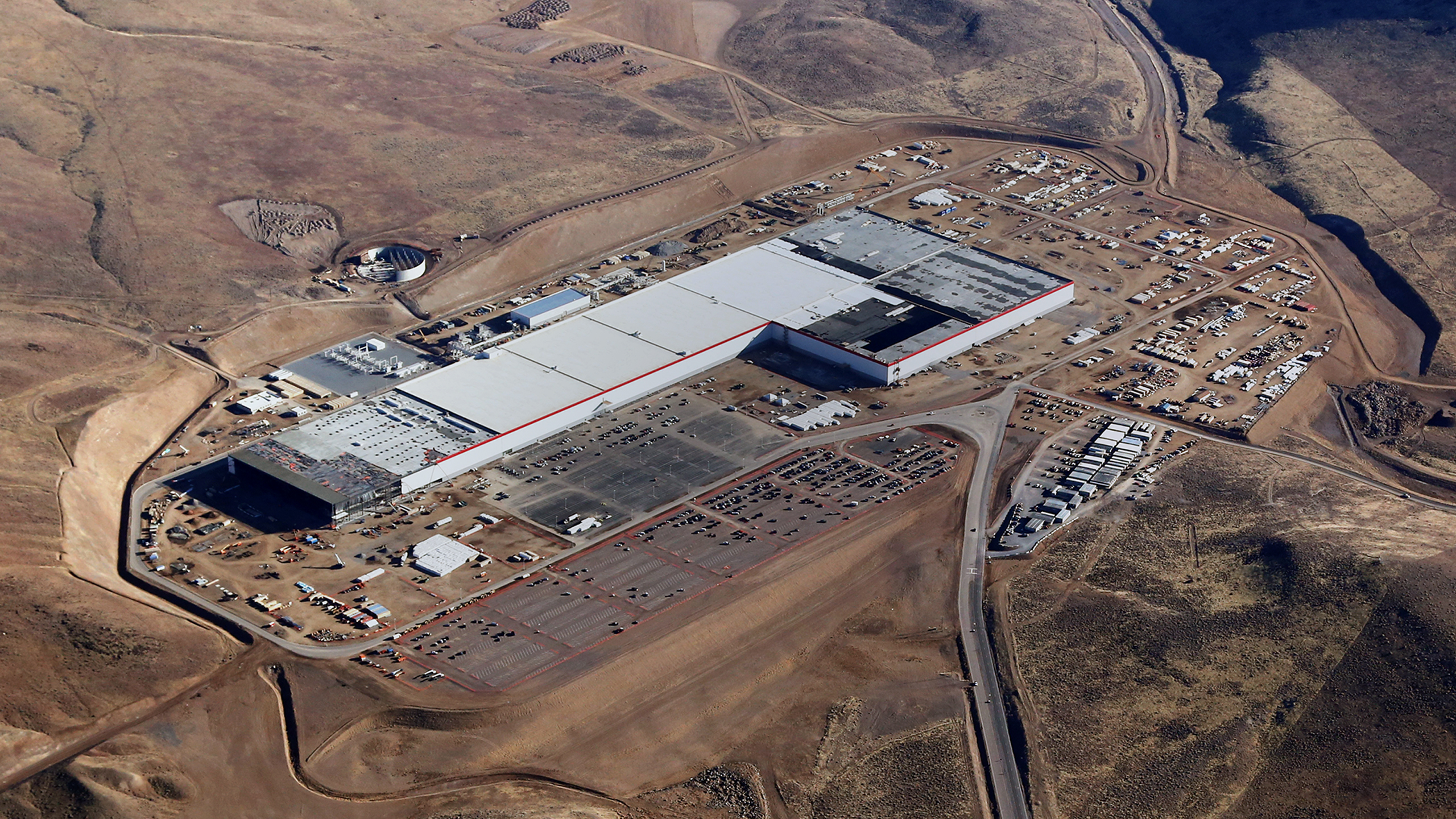 Tesla To Reduce On Site Staff At Nevada Gigafactory By 75 Techcrunch