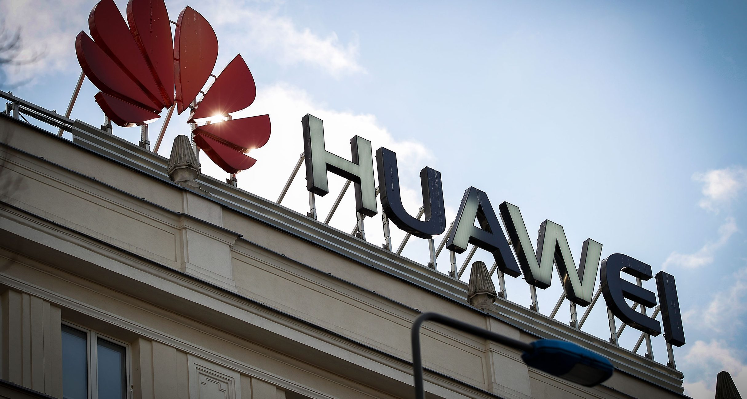 Huawei says it shipped 59M smartphones in Q1 as revenue jumped 39