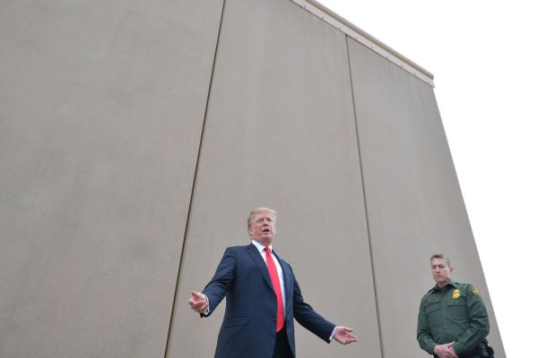 That GoFundMe to originate a border wall is issuing $20 million in refunds