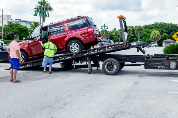 BMW, Porsche, Jaguar Land Rover invest in roadside assistance startup Urgently tow truck