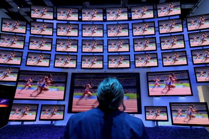 Court says Vizio's secret smart TV tracking class-action