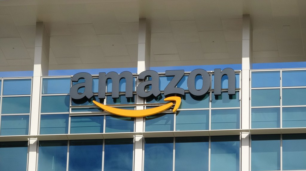 Amazon beats optimistic profit expectations for Q1