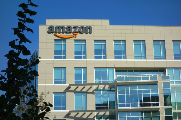 Daily Crunch: Amazon Doubles Down on its Partner Program