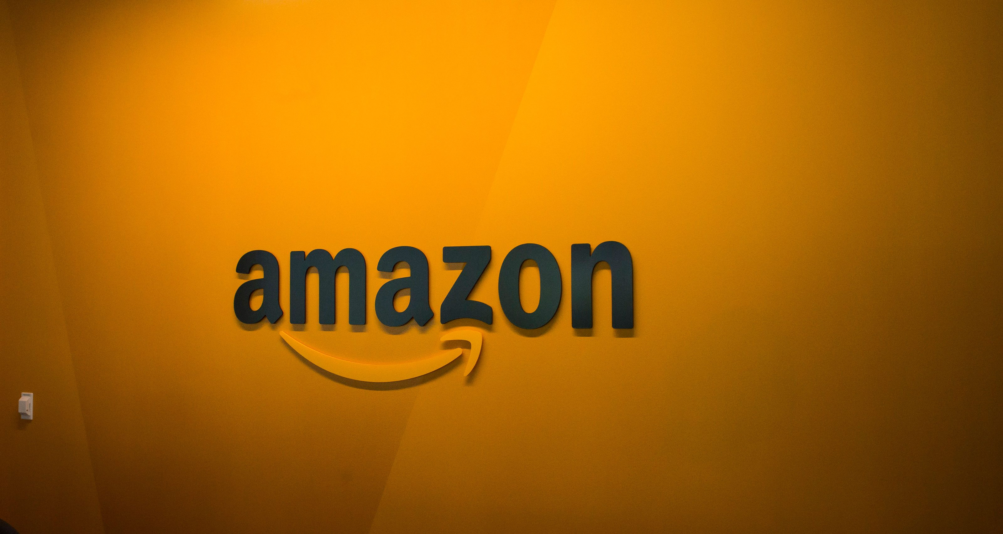 Amazon offers unlimited sick days to prevent coronavirus spread