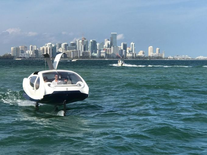 SeaBubbles shows off its 'flying' all-electric boat in Miami SeaBubbles 7