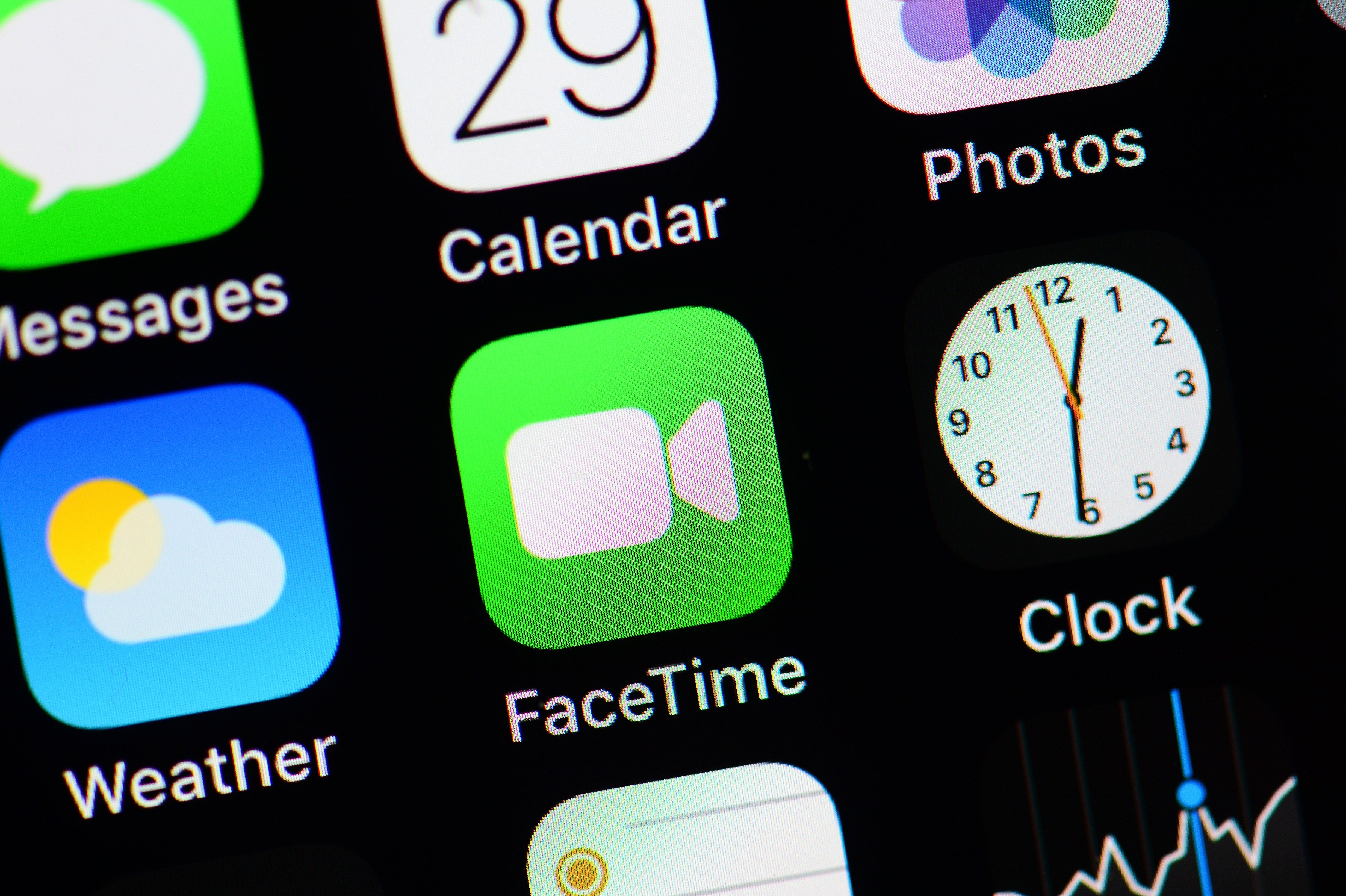 how to fix my facetime when it says waiting for activation