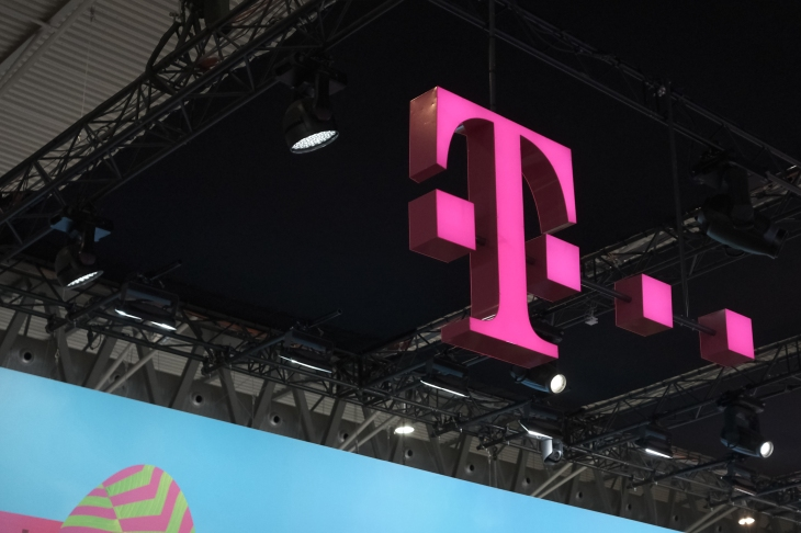 T-Mobile's mobile TV service to include Viacom channels like