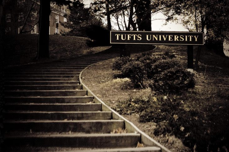 Tufts expelled a student for grade hacking  She claims