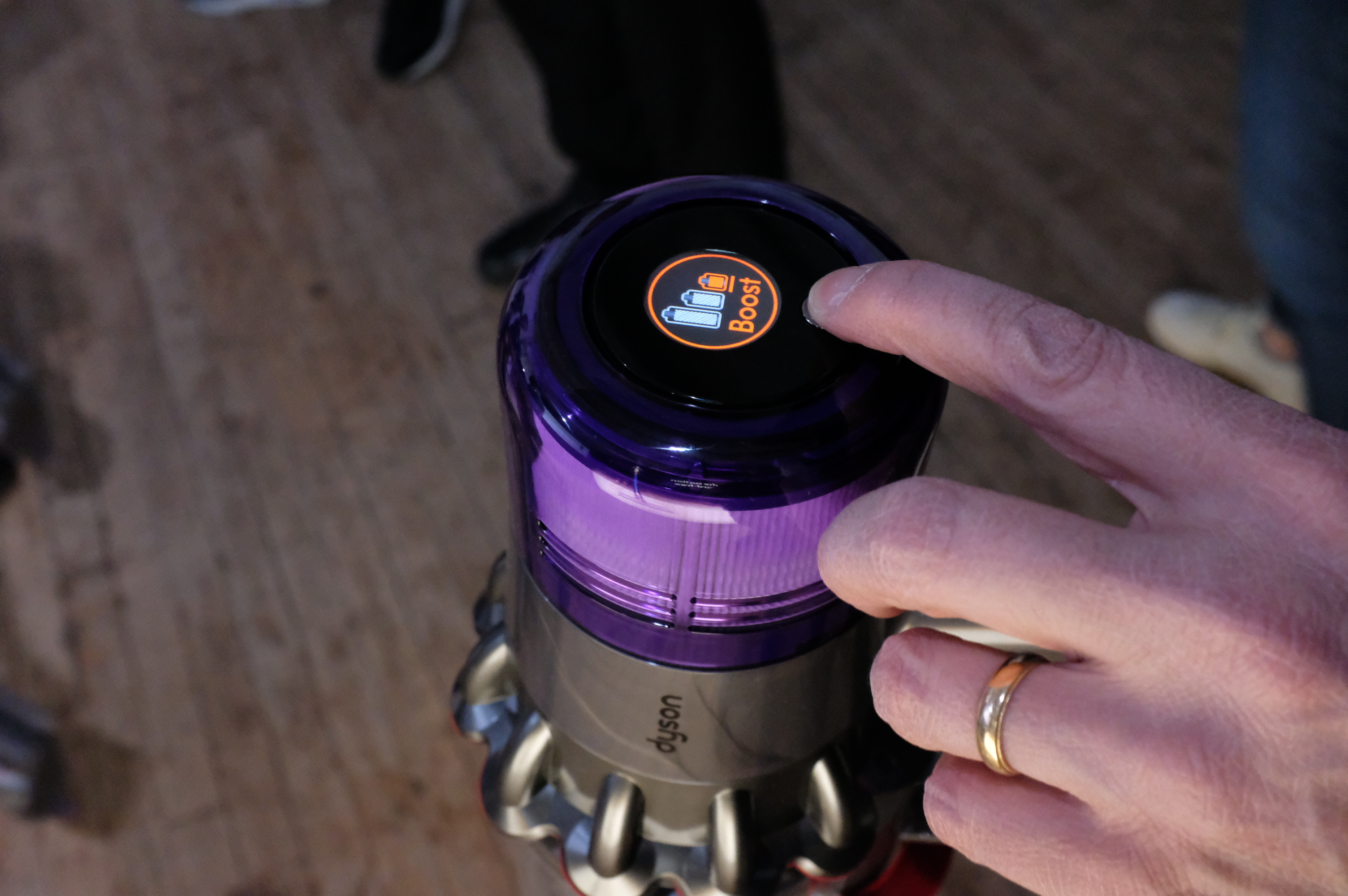 Dyson launches a vacuum with better battery, a desk lamp and