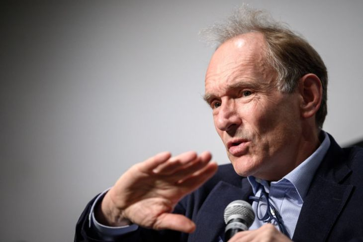 Marking 30 years of the web, Tim Berners-Lee calls for a joint fight  against disinformation | TechCrunch