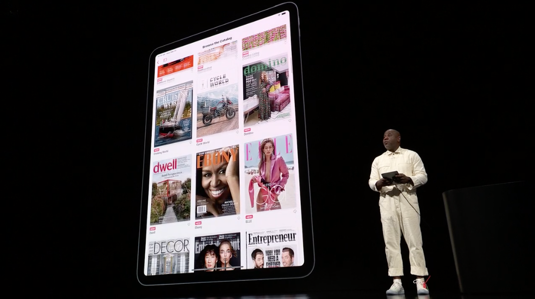 Apple launches credit card - Newspaper