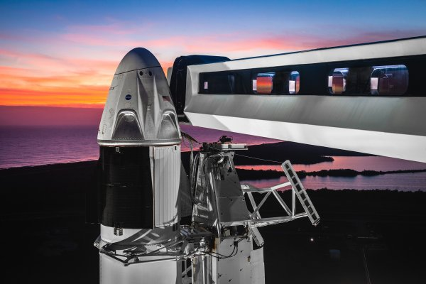 photo of First crewed SpaceX Dragon spacecraft launch could happen in Q2 this year image