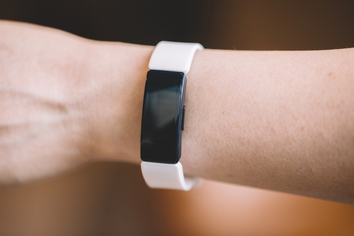 Fitbit trims the fat with the Inspire | TechCrunch