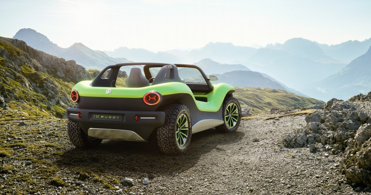 Vw S Futuristic All Electric Dune Buggy Embraces Its 1960s Roots Techcrunch