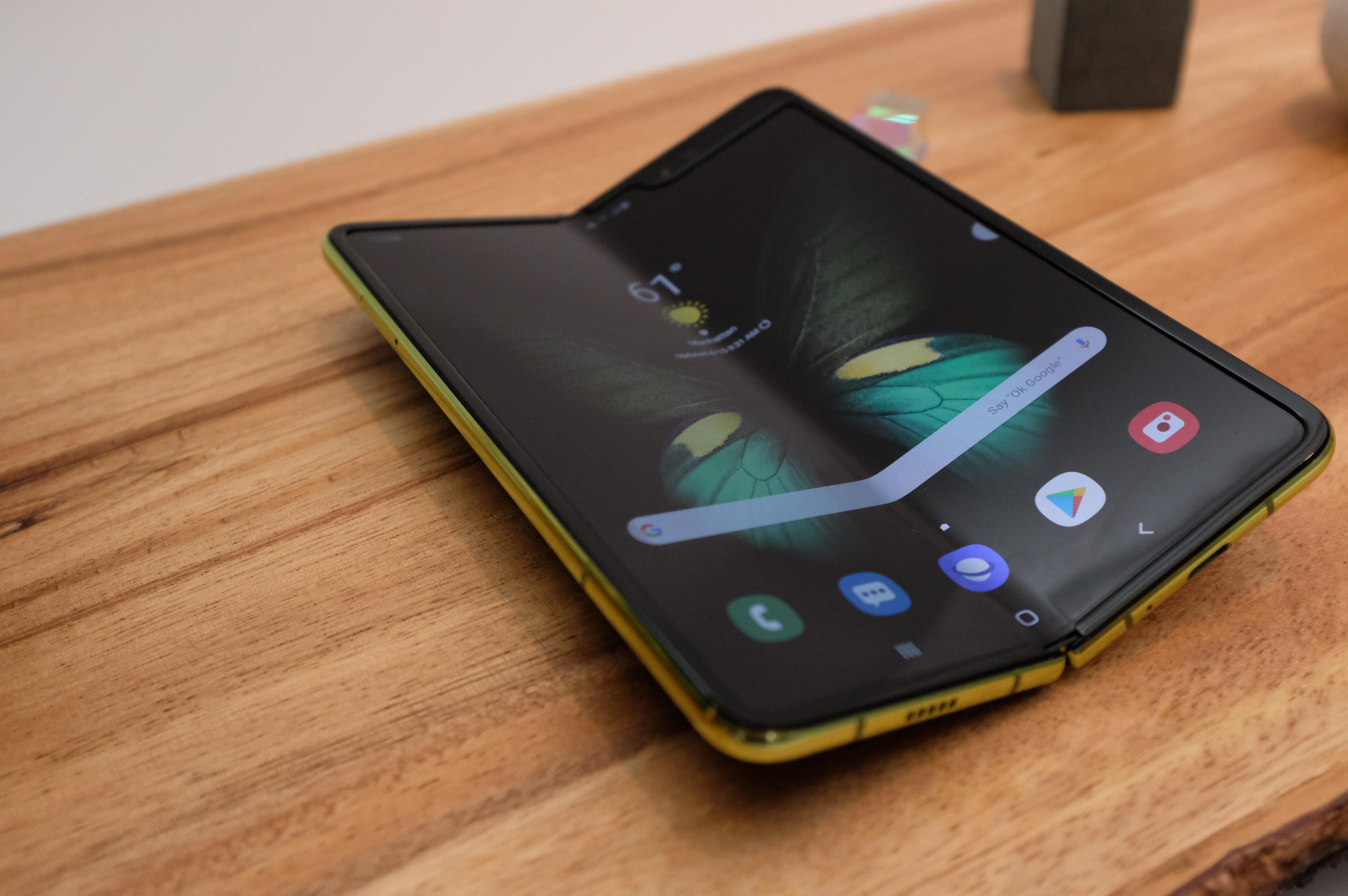 Unfolding The Samsung Galaxy Fold Techcrunch