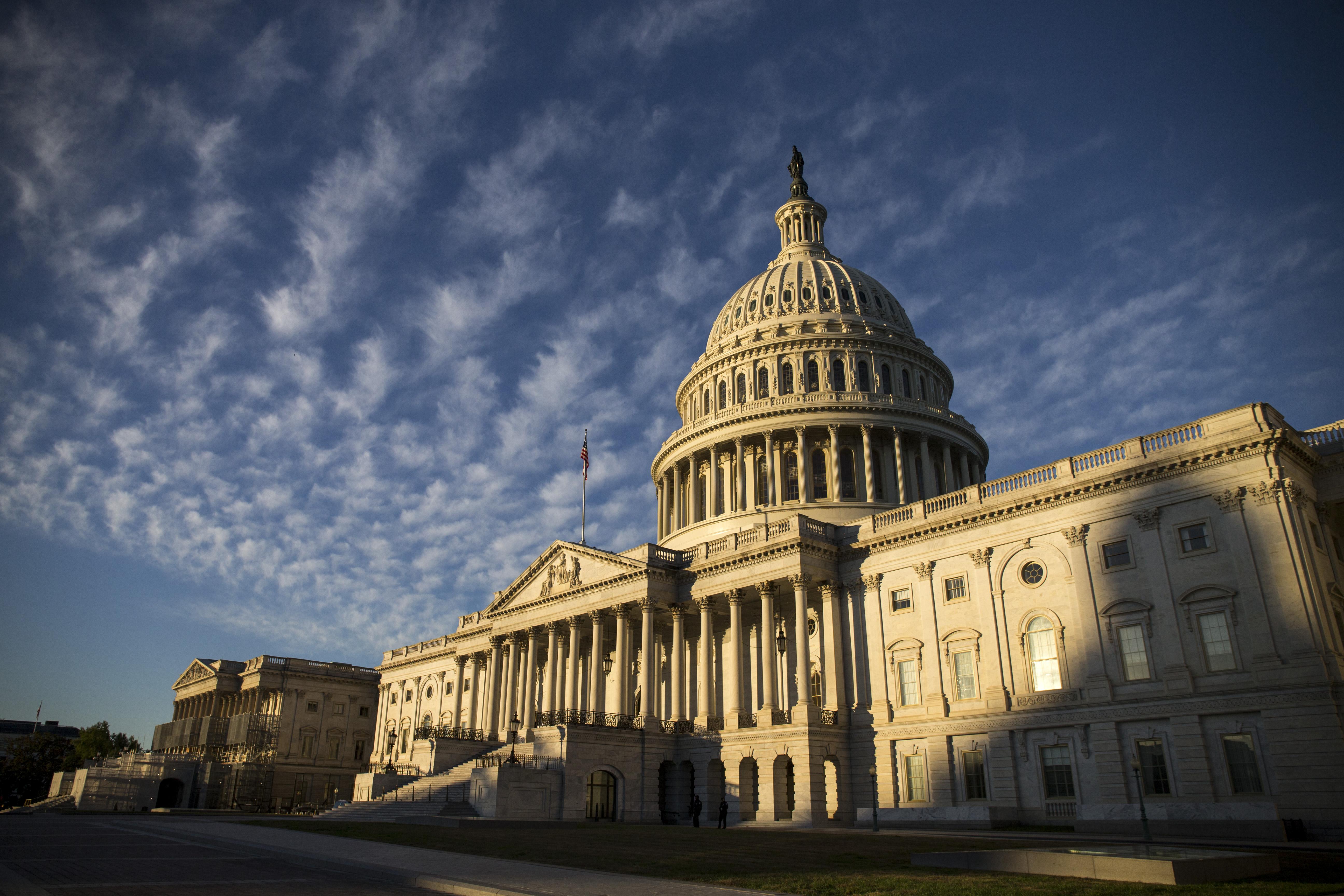 Coronavirus: Congressional leaders strike almost $7.8 billion bipartisan emergency funding deal