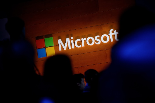"""Techmeme: Microsoft says a """"limited"""" number of its web email"""