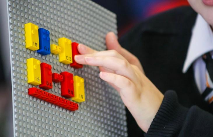 braille lego bricks (2)