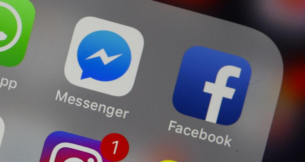 The chat feature may soon return to Facebook's mobile app