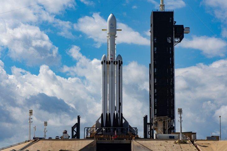 falcon heavy spacex rocket