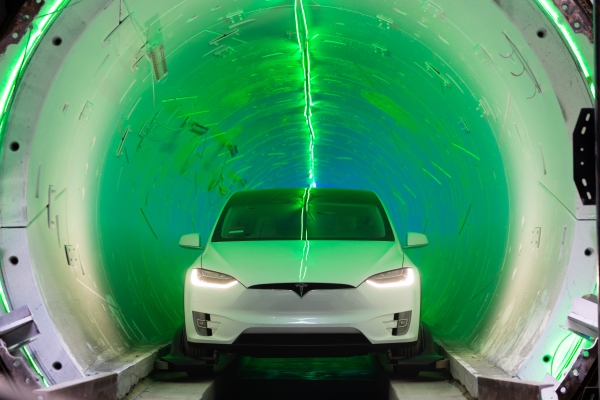 """Elon Musk's Boring Company lands $48.7M contract for underground """"people mover"""" in Las Vegas"""