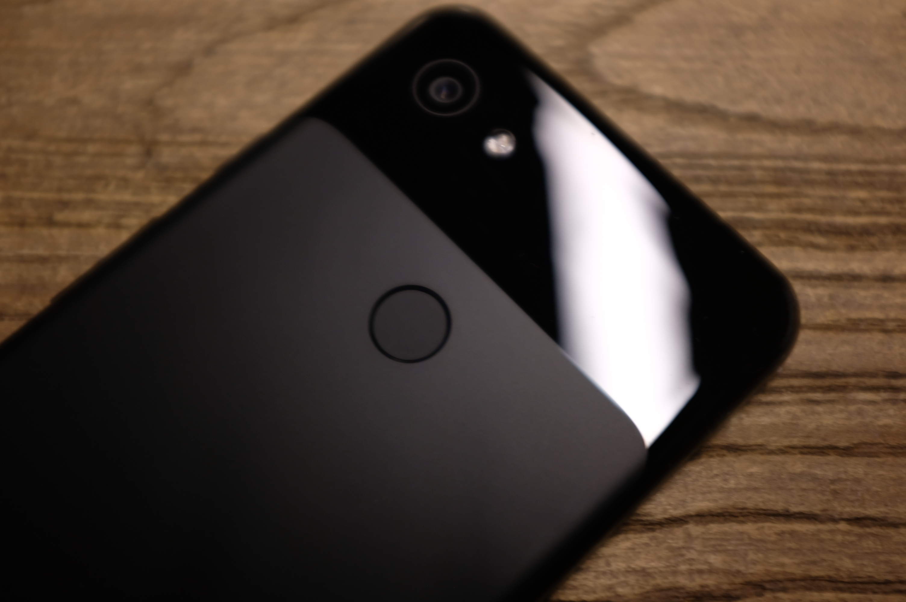 Google's budget Pixel 3a starts at $399, available in 'purple-ish
