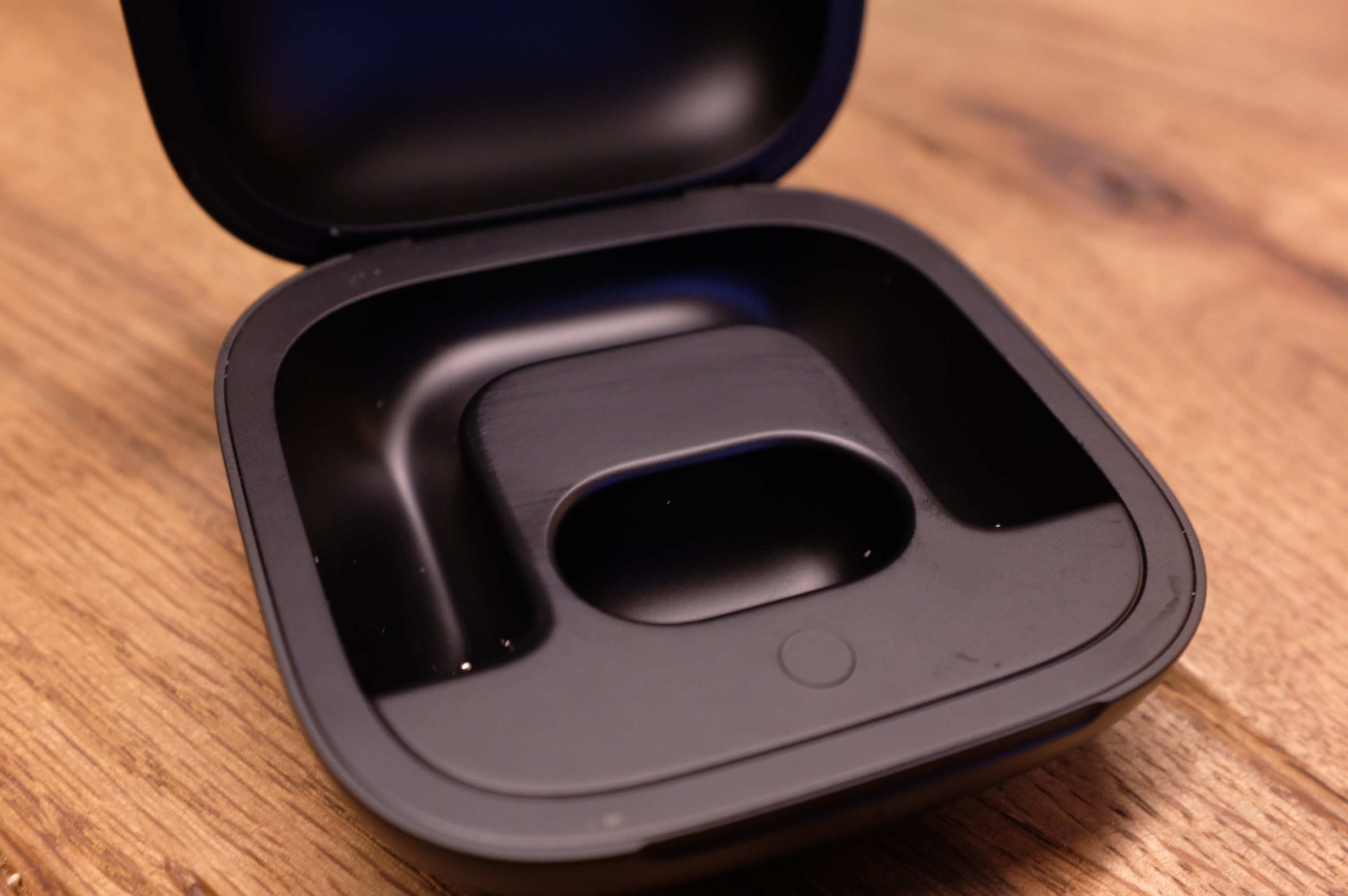 Powerbeats Pro are the Bluetooth earbuds to beat | TechCrunch