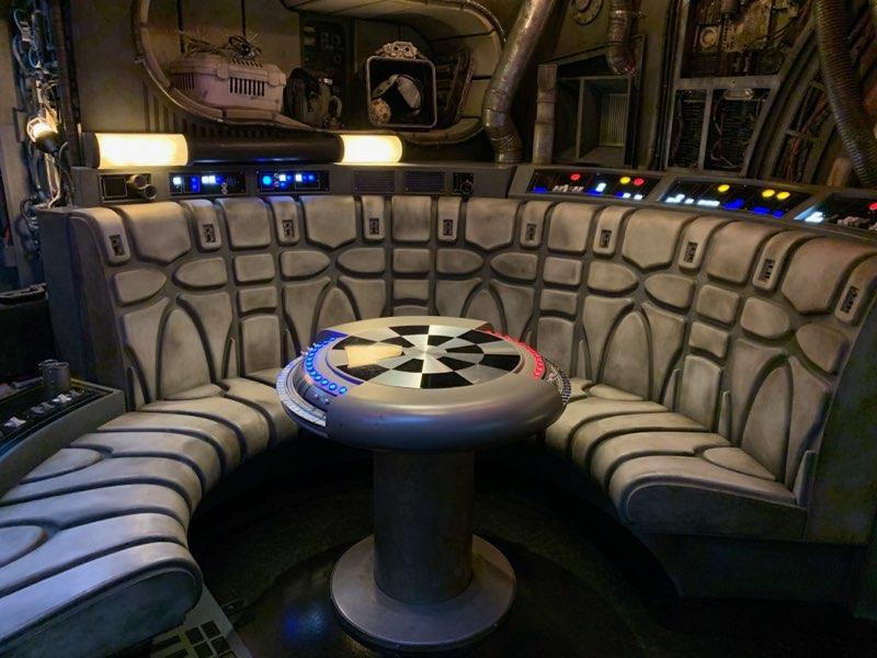 Star Wars Millennium Falcon Legacy gunner seat wall