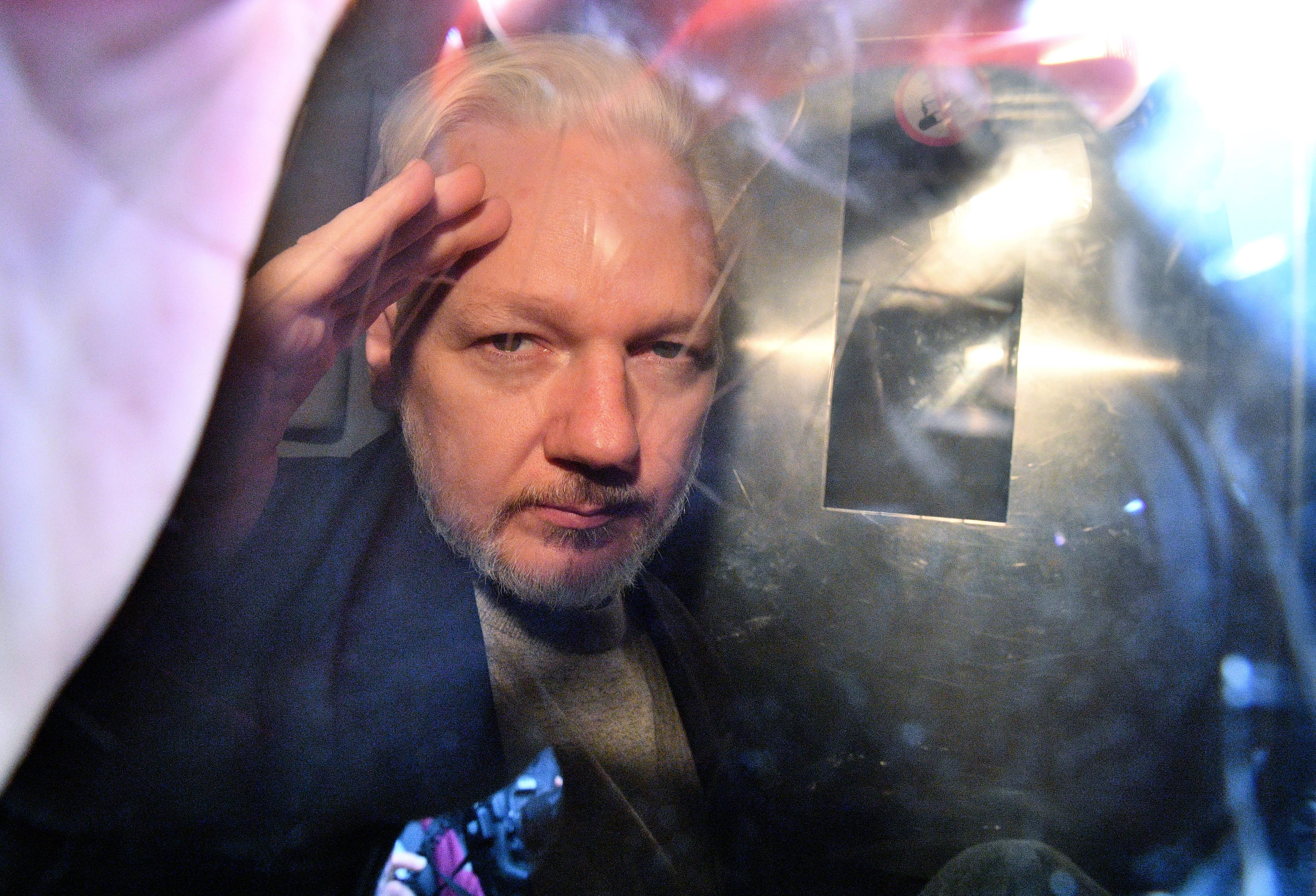 Swedish prosecutor drops Assange rape investigation