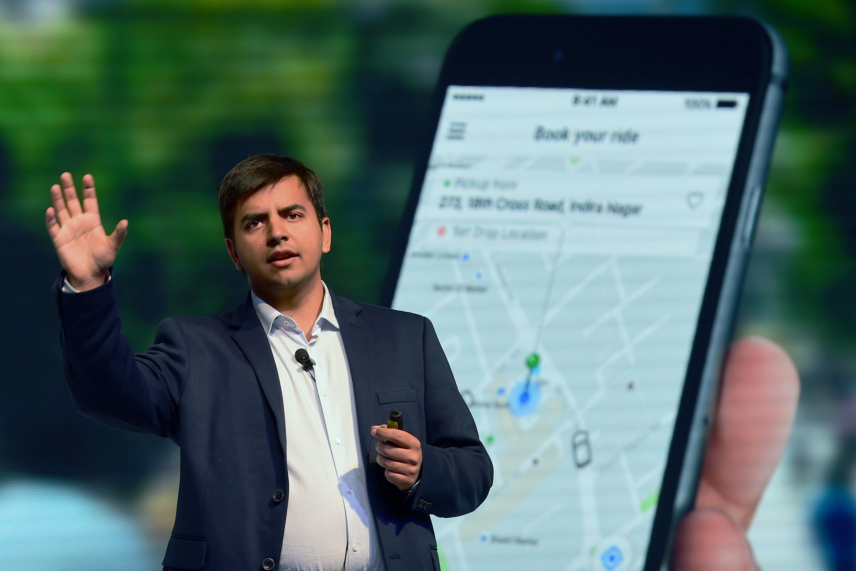 Uber loses London license over safety failures