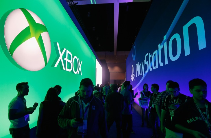 Rivals in gaming, Microsoft and Sony team up on cloud