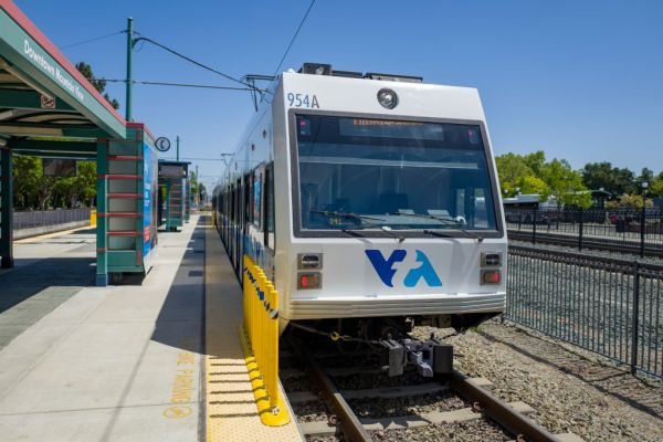 Swiftly raises $10 million Series A to power real-time transit data in your city