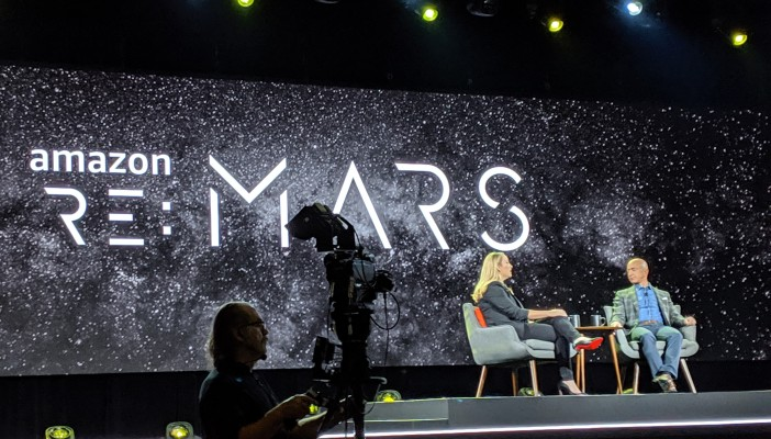 Jeff Bezos wants to build the infrastructure for space startups – TechCrunch