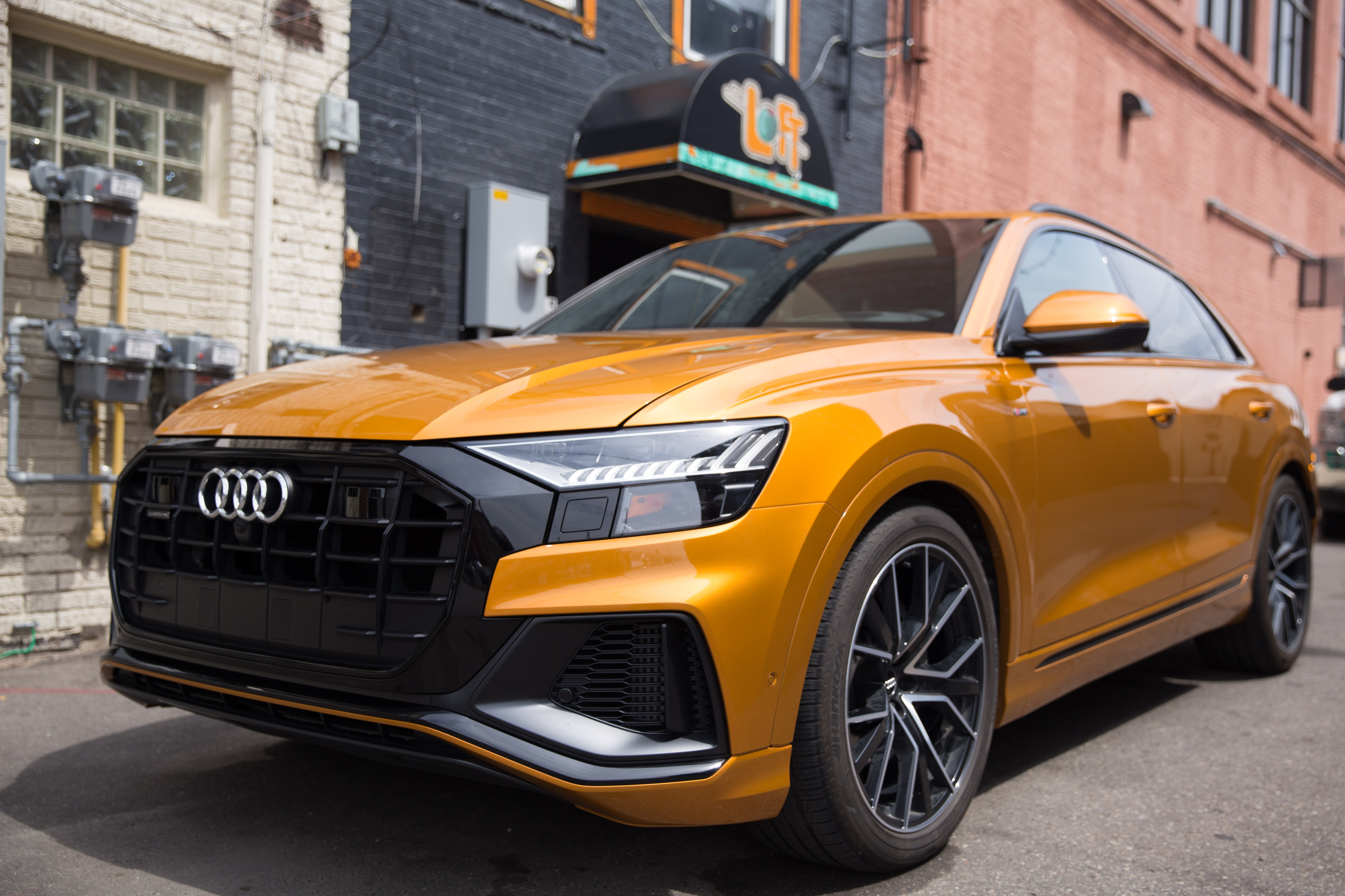 Review The Stunning 2019 Audi Q8 Has A Deal Breaking Flaw Techcrunch
