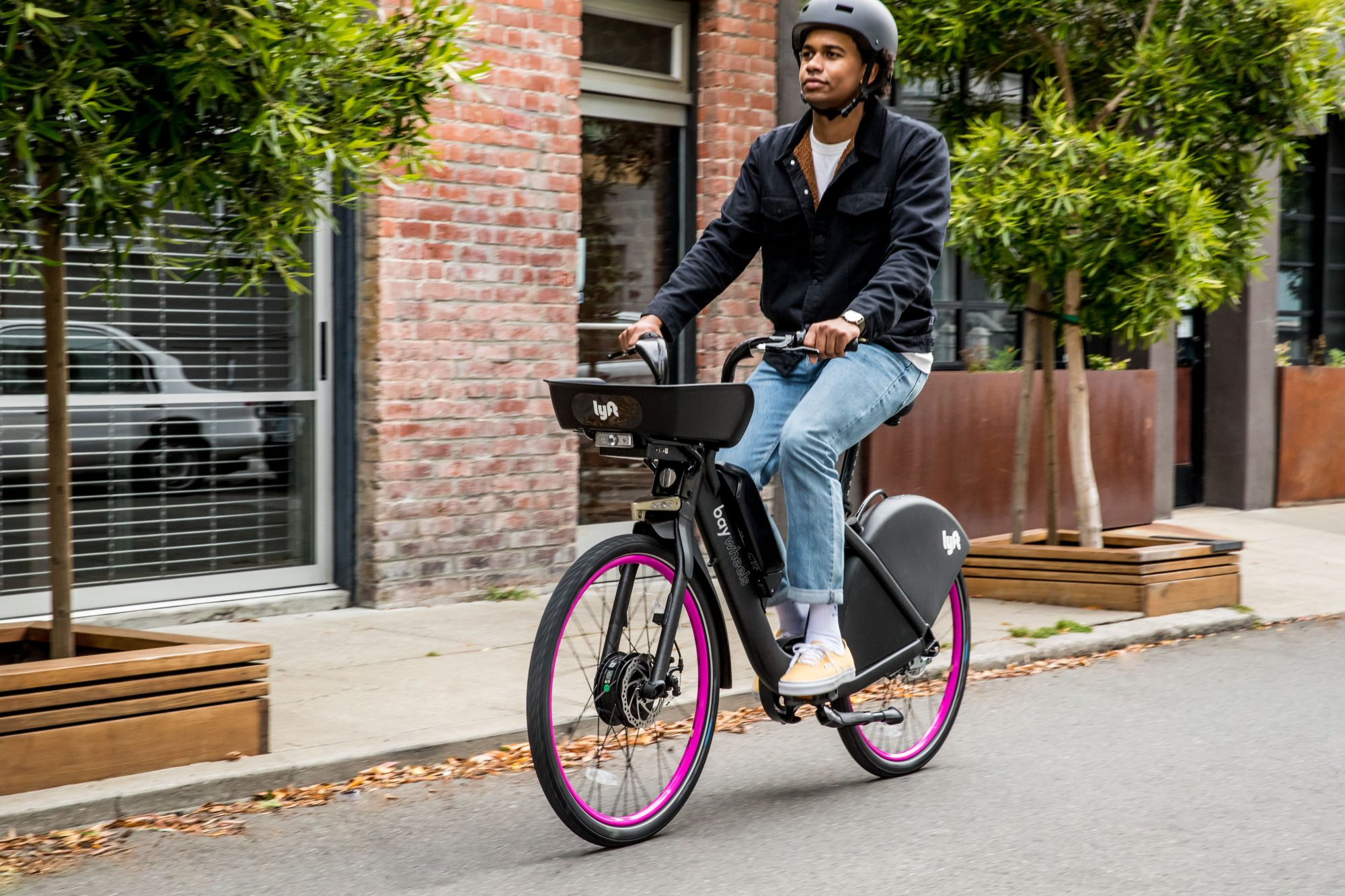 Lyft deploys its pink-wheeled bikes and rebrands Ford GoBike as Bay