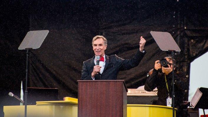 AI เริ่มต้นการให้คำปรึกษา Hypergiant นำ Bill Nye เป็นที่ปรึกษา thumbnail