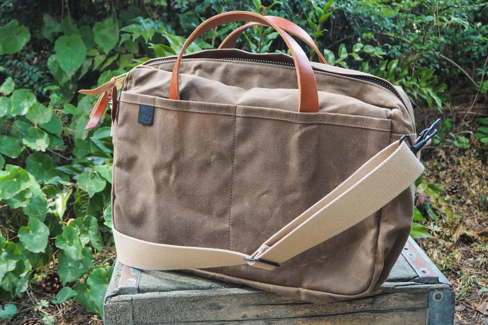 Waxed canvas bags from Waterfield, Manhattan Portage, Saddleback and more – TechCrunch 3