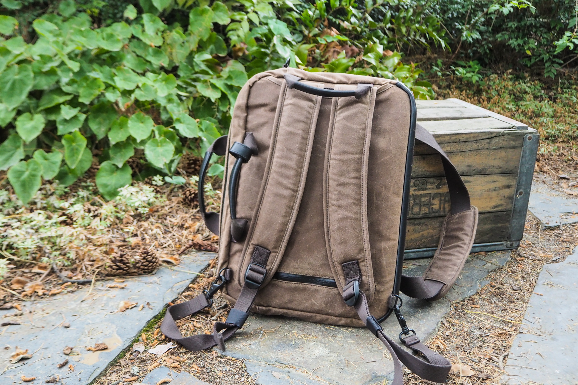 Waxed canvas bags from Waterfield, Manhattan Portage, Saddleback and more – TechCrunch 5