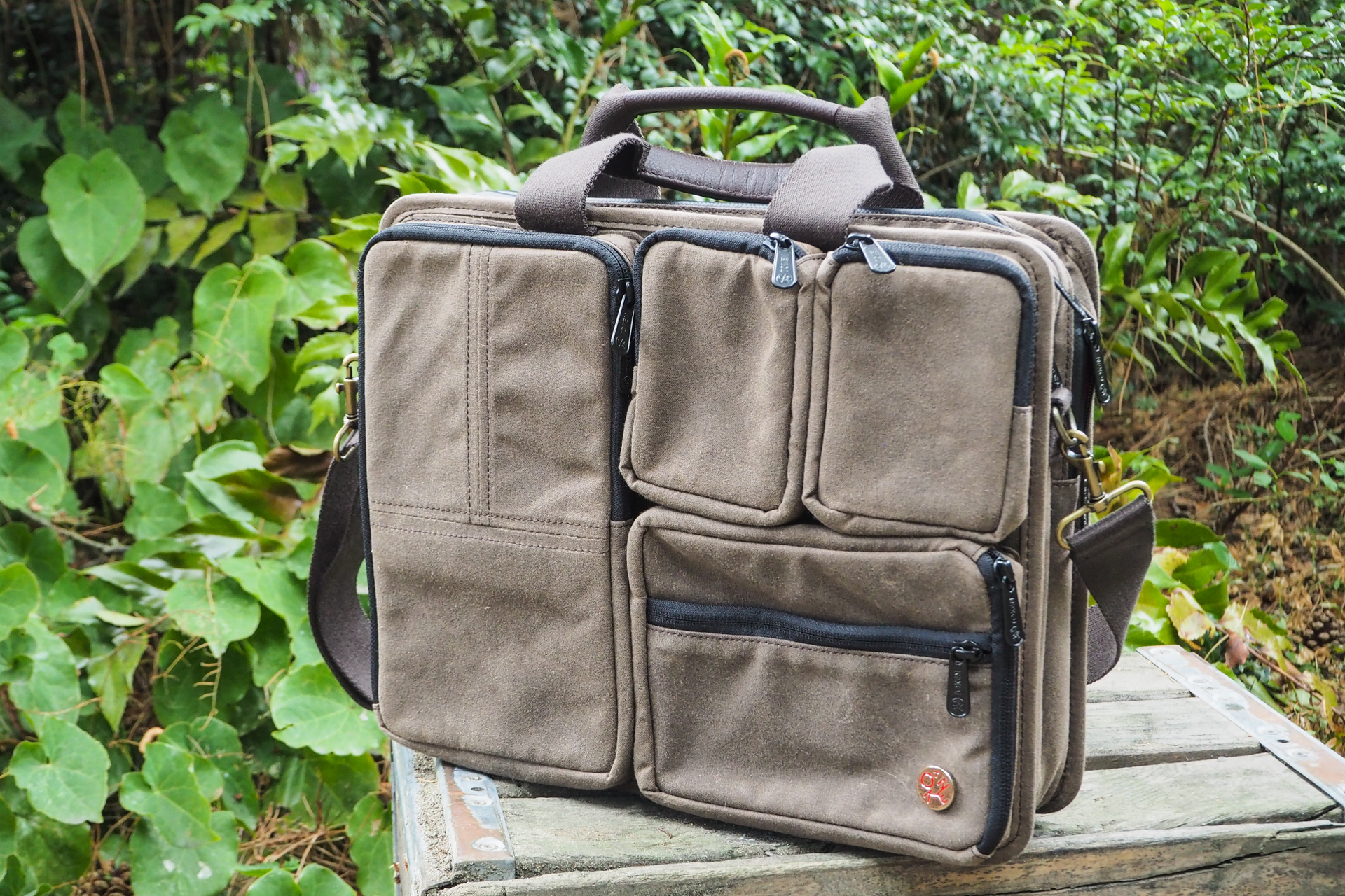 Waxed canvas bags from Waterfield, Manhattan Portage, Saddleback and more – TechCrunch 6