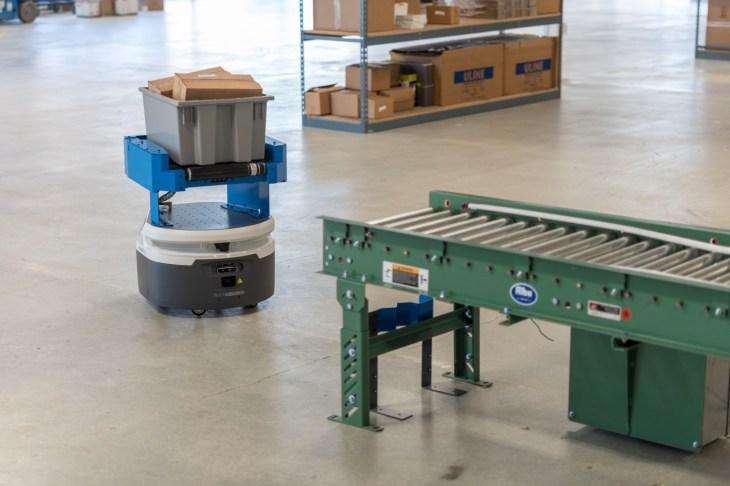 Fetch Robotics raises $46 million to expand warehouse