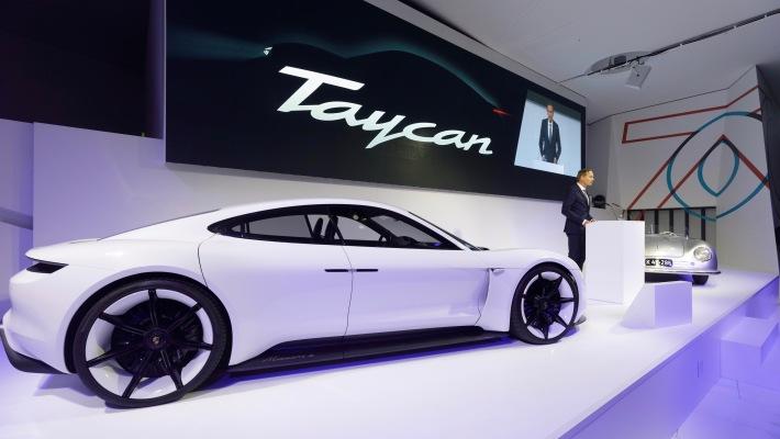 Porsche Taycan reservations surpass 30,000 ahead of world debut – TechCrunch 1