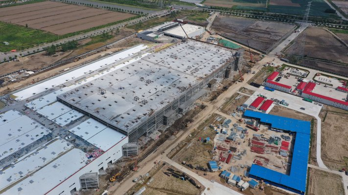 Tesla 'on track' to begin Model 3 production at China factory by end of year – TechCrunch 1