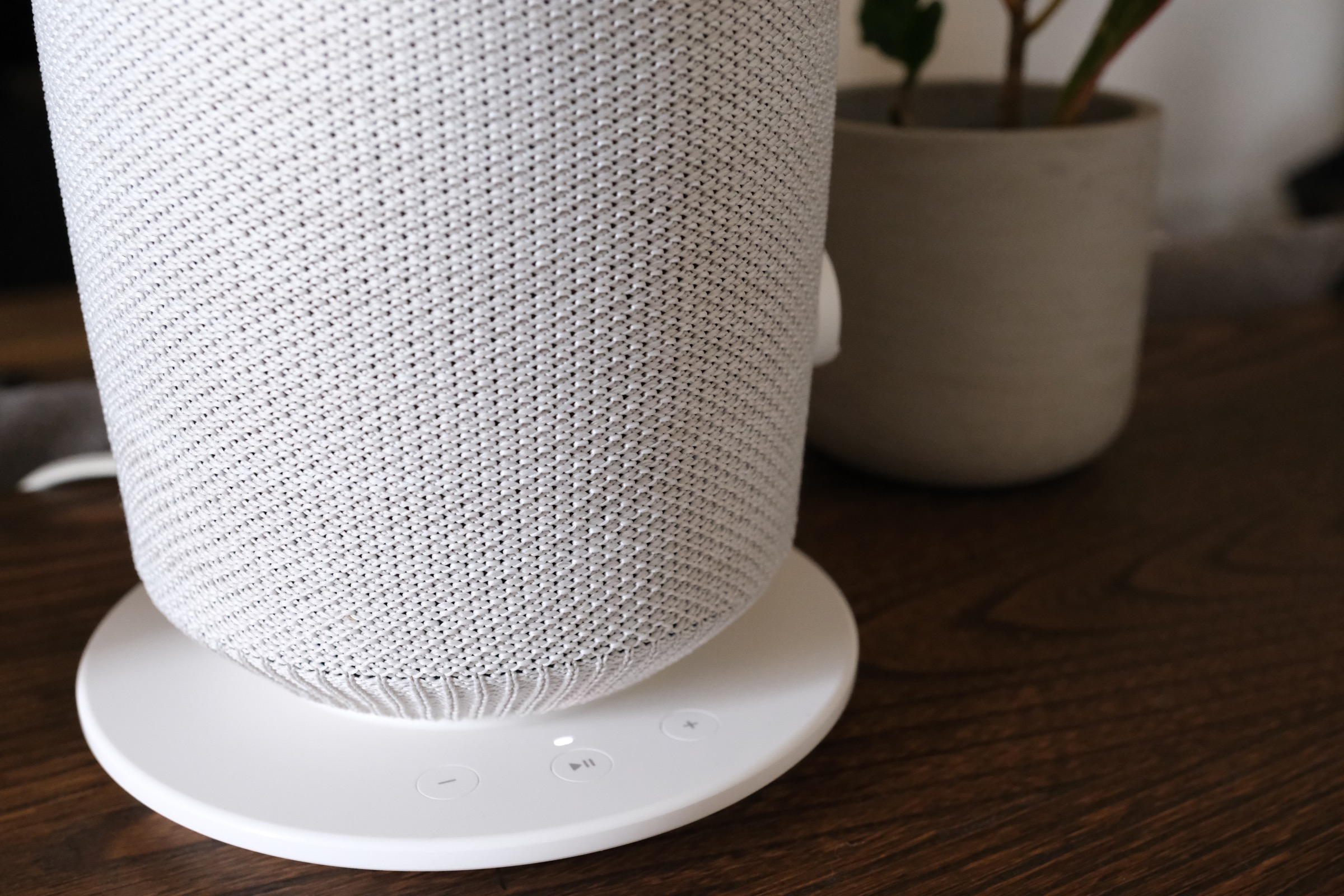 Sonos And Ikea S Symfonisk Wireless Speakers Are A Symphony Of Sound And Design Techcrunch