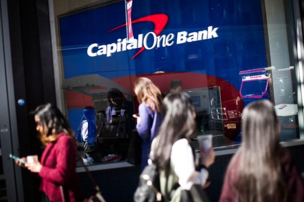 การละเมิดของ Capital One นั้นหลีกเลี่ยงไม่ได้เพราะเราไม่ได้ทำอะไรหลังจาก Equifax thumbnail