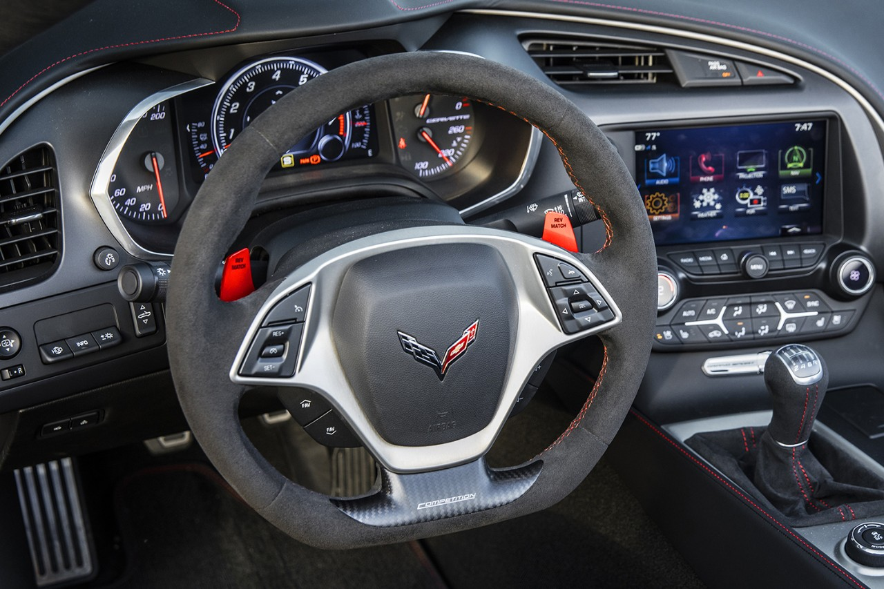 Behold The Mid Engine 2020 C8 Corvette S Steering Wheel